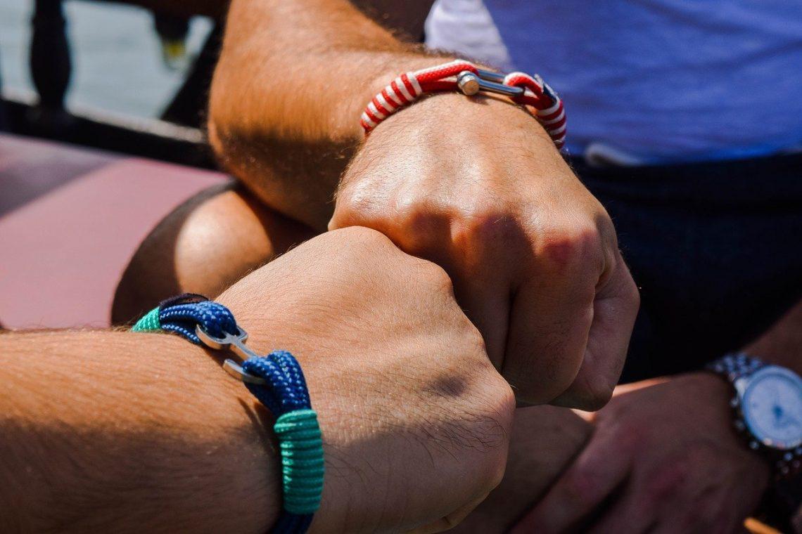 pourquoi porter le bracelet homme